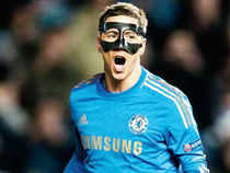 Following a nose injury, Fernando Torres needed to wear a protective mask — following in the footsteps of Chelsea teammates Demba Ba and John Terry.