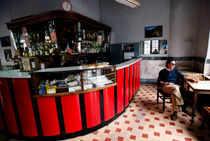 Archaic laws putting liquor business in poor spirits: Restaurateurs