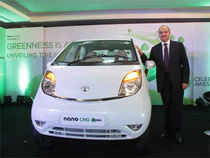 Tata Nano CNG emax boasts of having the lowest carbon footprint and the most fuel efficient car in India with a mileage of 36 km/kg*.