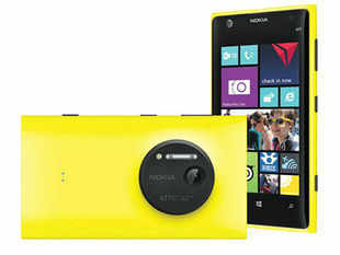 Living up to the hype around its 41MP camera with PureView technology and optical image stabilization, the Lumia 1020 delivers stunning photographs with sharp details and rich colours.