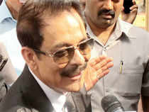 """Subrata Roy urged the Supreme Court to correct what his lawyer described as an """"error"""" in its Monday order restraining him from going abroad."""
