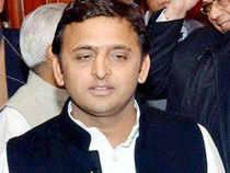 Saifai Mahotsava aftermath: UP CM Akhilesh Yadav cancels plans to watch 'Dedh Ishqiya' after criticism