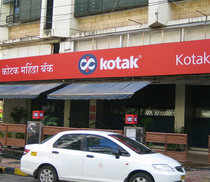 Kotak Mahindra Bank reported a marginal rise of 2.4 per cent in consolidated net profit at Rs 591.25 crore for the third quarter ended December 2013.