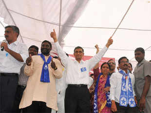 During the last five days, more than 1,000 volunteers joined the Lok Satta Party, he said.