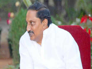 Chief Minister N Kiran Kumar Reddy and members of his council of ministers, barring two, and MLAs from Seemandhra region today submitted 'affidavits' opposing bifurcation of the state.