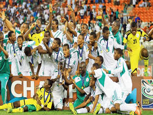 The Nigerian team who won the 2013 FIFA Under-17 World Cup, beating Mexico 3-0, in Abu Dhabi on Nov 8, 2013.