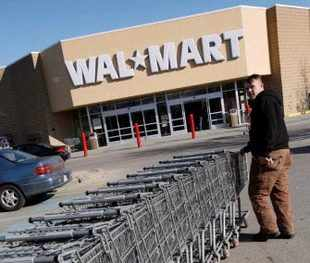 Walmart Stores is quietly readying a major e-retailing push in India with an electronic marketplace business model akin to that used by US-based Amazon and eBay Inc.