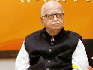 LK Advani told BJP leaders in a meeting that he agrees with Rahul Gandhi's critique of BJP being dominated by one leader.