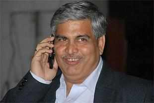 Shashank Manohar calls for suspension of IPL, CBI probe of all matches