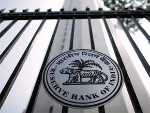 The RBI clearly remains inclined towards implementing theUrjitPatel Committee's recommendations of adopting a 'glide path' for retail inflation.