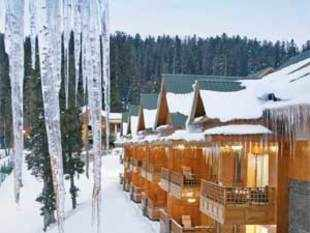 If only the policymakers would keep pace with tourist arrivals, Kashmir truly would be paradise on earth.