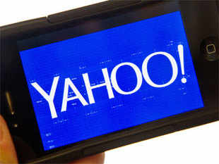 Yahoo's recently fired chief operating officer,Henriquede Castro, left the Internet company with a severance package of $58 million even though he lasted just 15 months on the job