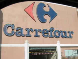 Carrefour has started to work on an exit plan after talks to sell its wholesale stores to Bharti Group failed. The co sees little hope of the govt allowing multi-brand outlets to come up.