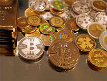China's institutional and retail customers will not be allowed to use their accounts to purchase or sellbitcoinsas well as other virtual currencies.