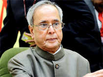 President Pranab Mukherjee unveiled the indigenous card at a function in Rashtrapati Bhavan.