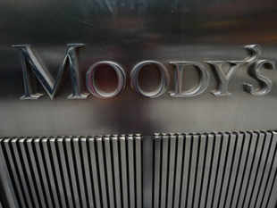 Global ratings agency Moody's has said the Indian economy is unlikely to return to previous growth rates of around 7-8% in the near future even if the new government pursues a strong reform agenda.