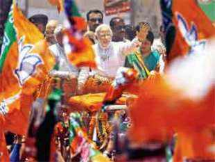 Narendra Modi held meetings in 5,800 locations and travelled 3 lakh km in pretty much the same manner in which he began — by attacking Congress and visiting BJP leader Vajpayee.