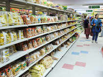 The Indian retail market is expected to hit $725 billion (about Rs 43 lakh crore) by 2017, of which online grocery is expected to contribute about 2 per cent.
