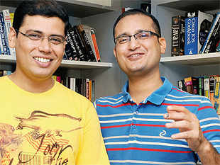Across India, the internet is opening up new avenues for fundraising as dozens of aspiring investors log onto online deal platforms to find and back new ideas. (In Pic: Vinoth Ranganathan and Pradeep Bhatt, Founders, OnlineRTI)