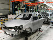 Amtek Auto has moved up to Rs 240 from Rs 178, Motherson Sumi to Rs 318 from Rs 260, while Bharat Forge surged to Rs 592 from Rs 468.