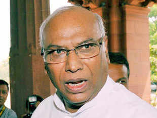 Mallikarjun Kharge on Wednesday formally placed a memorandum, signed by all 60 members of the UPA, before Speaker to stake his party's claim for the post of Leader of Opposition.