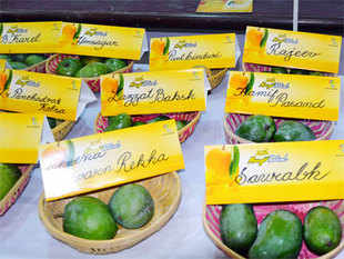 There are more than 1,365 varieties of mango all over the world and around 1,000 of them are available in India.