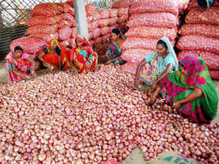 Onion prices up in June, but below the level a year ago