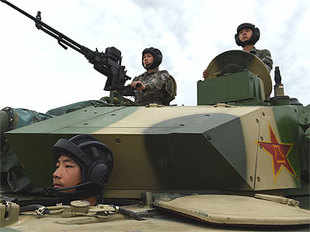 """""""I think it is an irreversible trend that computers will gradually replace humans to control those fighting machines,""""said Major General Xu Hang."""