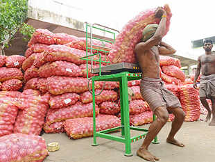 In the retail market, onions are selling for Rs 20-30 a kg. To improve local supplies and rein in prices by preventing hoarding, the government had in July imposed stockholding limits on onions and potatoes.