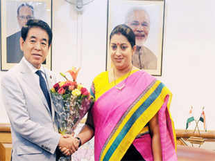 Hakubun Shimomura, minister of education, culture, sports, science and technology visited India last week on the sidelines of the annual Japan Education fair.