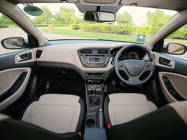 Hyundai elite i20 review hyundai elite i20 review - Hyundai i20 interior ...