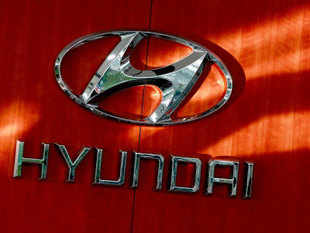 Hyundai is looking at setting up a second factory in India as the Korean car major lines up heavy investments and at least two to three new cars every year. <br><br> Source: EPA Photo.