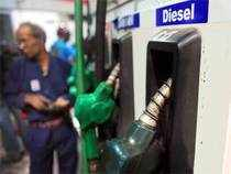 Revenue losses to the government on sale ofsubsidiseddiesel are expected to shrink to a record low of around 10paiseperlitreby August end.