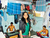 A start-up hopes to sell products made by the slum's craftspeople across the world.