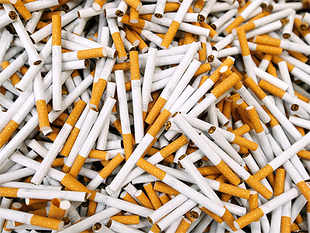 Victims of tobacco use and their doctors, brought together under umbrella of Voice of Tobacco Victims Kerala, have appealed to PMto ban sale of loose cigarettes.
