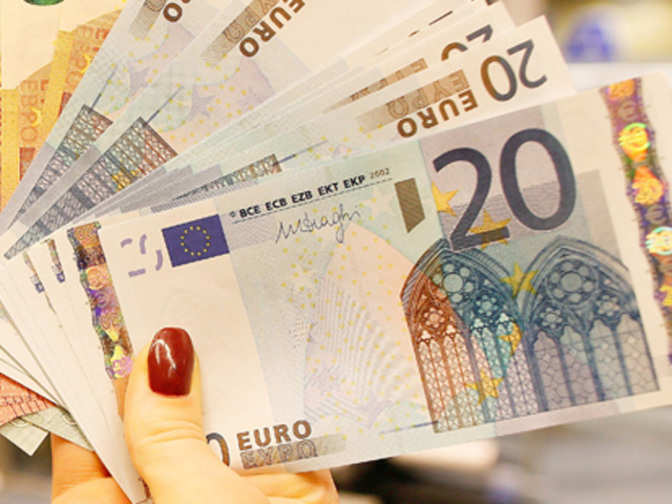 Sell euros for dollars