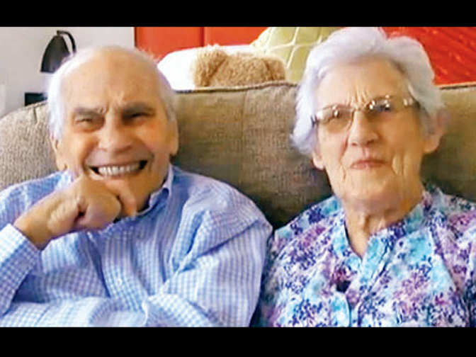 Couple, aged 102 and 91, to become world's oldest newlyweds