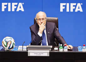 World media call for FIFA chief Blatter's head after arrests