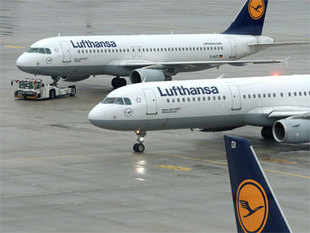 """""""Lufthansa must immediately withdraw this announcement and hold adialoguewith the agency associations,""""TAAIacting President Sunil Kumar said."""