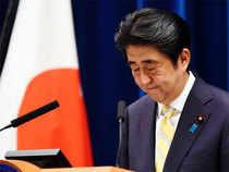 Indignación en Japón: La popularidad de Abe se desploma en medio de un escándalo de amiguismo