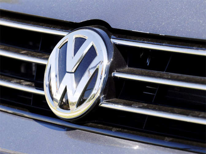 Volkswagen brand to cut investment, change diesel technology - The ...
