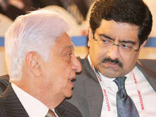 Chairman Azim Premji , Chairman and Managing Director and Kumar Mangalam Birla, Aditya Birla Gruop Chairman at a NASSCOM conference.