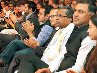 From startup founders and investors to business leaders and politicians, more than 400 guests thronged the venue in a five-star hotel. (In Pic: From right- Ayesha Thapar, Nikesh Arora, Siddaramaiah, Vineet Jain, Kunal Bahl, Satyan Gajwani and others)