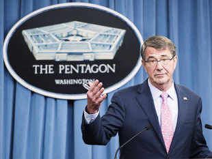 US Defense Secretary Ash Carter accused Russia of endangering world order, citing its incursions in Ukraine and loose talk about nuclear weapons.