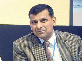 RBI Governor Rajan and bankers are staking out sharply opposing positions ahead of talks on revamping the central bank's management of cash conditions.