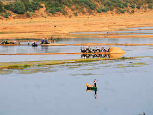 The proposed Par-Tapi-Narmada river interlinking project is all set to become a major cause of conflict between Gujarat and Maharashtra.