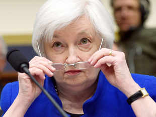 In her report to Congress, Yellen discussed the risks to the US economy, which include less-than-optimal inflation and subpar growth towards the end of 2015.
