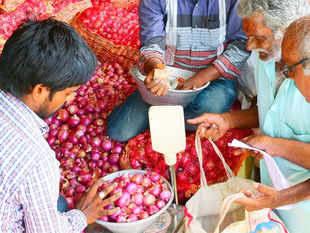 With onion available in all parts of the country, demand from net importers such as Delhi and West Bengal has reduced.