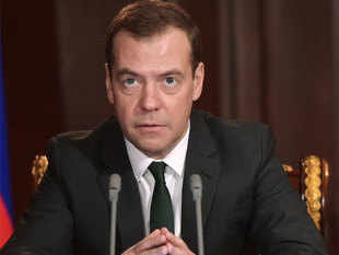 "Medvedev warned today that if Arab forces entered the Syrian war, they could spark a ""new world war"" and urged ceasefire talks instead."
