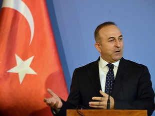 According to media reports Turkish Foreign Minister Mevlut Cavusoglu has reportedly said that Saudi Arabia will send aircraft to NATO-member Turkey's Incirlik air base for the fight against Islamic State militants in Syria.